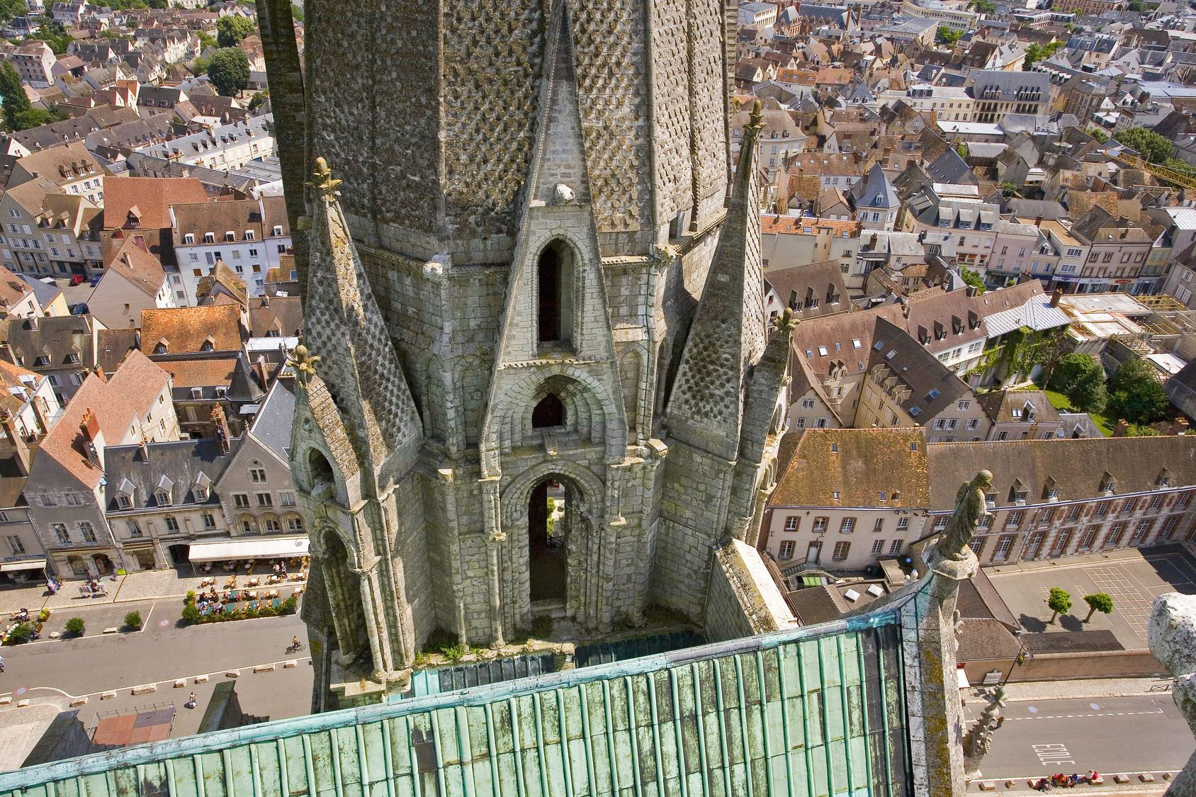 Veriditas Chartres Cathedral Roof Tour